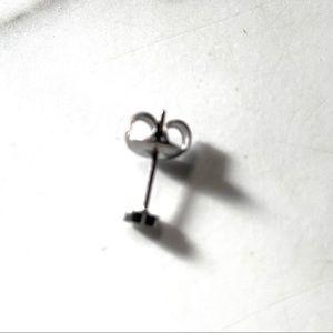 fancy fashions Jewelry - Silver stainless steel stud micro heart earrings